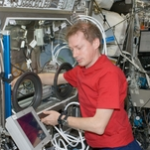European Space Agency (ESA) astronaut activates the Microgravity Science Glovebox for DSA experiment. (Source: NASA)