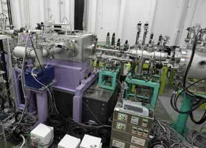 An experimental setup used to achieve a copper atomic x-ray laser. (Source: Riken)