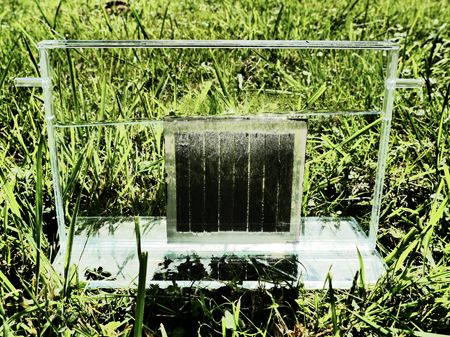 The photosynthesis system of the Jülich solar cell scientists is compact and self-contained, and the flexible design allows for upscaling. (Source: Forschungszentrum Jülich)