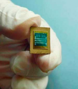 A test sample comprised of a thermal chip, a heat spreader and a microcooler (Source: A*STAR)